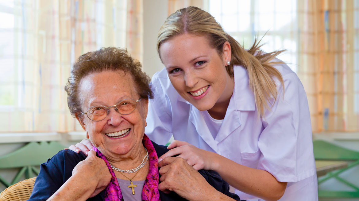 Moving to Memory Care: Ensuring a Smooth Transition for Seniors with Dementia
