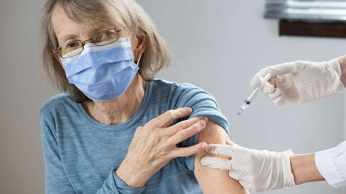 Residents of Grand Oaks Palm City Receive COVID-19 Vaccine